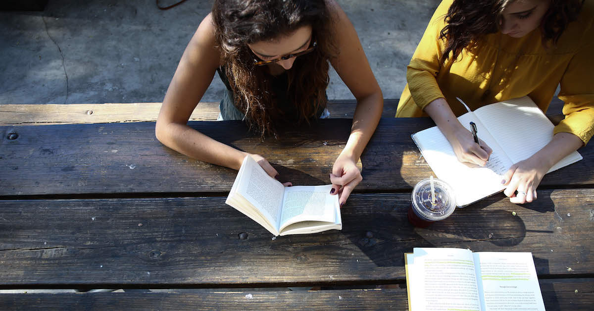 Cómo atraer más estudiantes con un Blog [ebook gratuito incluido]